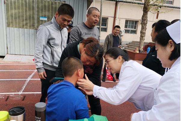 大安山乡社区卫生服务中心为运动健儿保驾护航