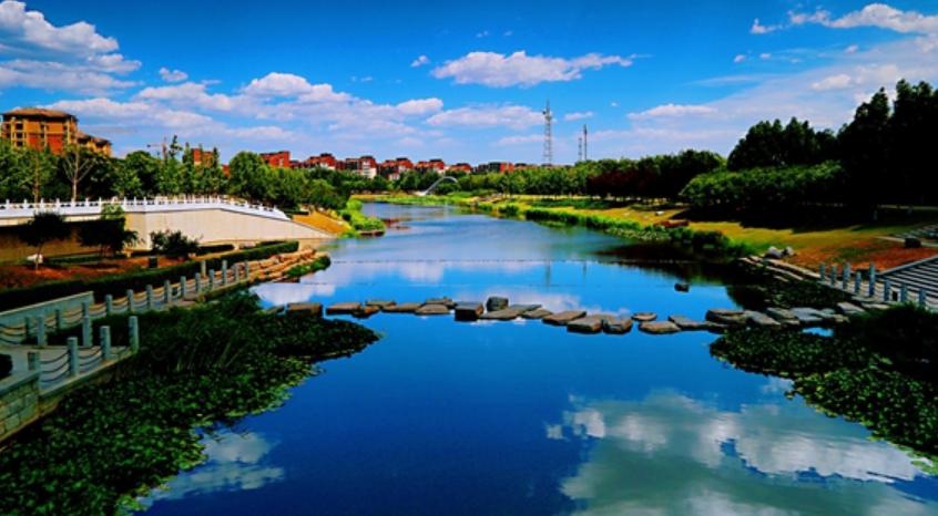 房山区长阳镇优化镇域环境加快转型发展