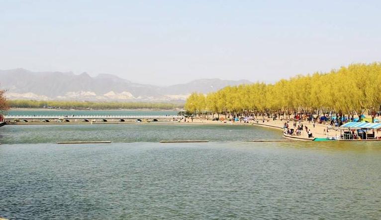 房山区青龙湖镇开展环境检查提升人居环境质量