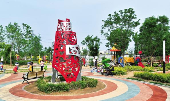 良乡镇西潞街道改造昔日荒地今变身党建名片、休闲乐园